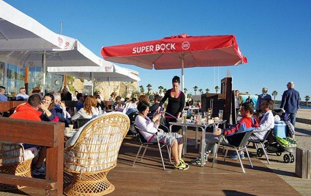 Algarve_Strassencafé im Januar