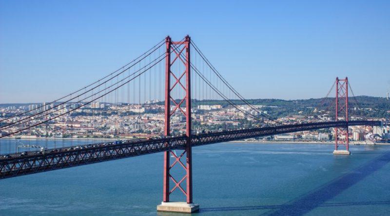 Brücke des 25. April 1974