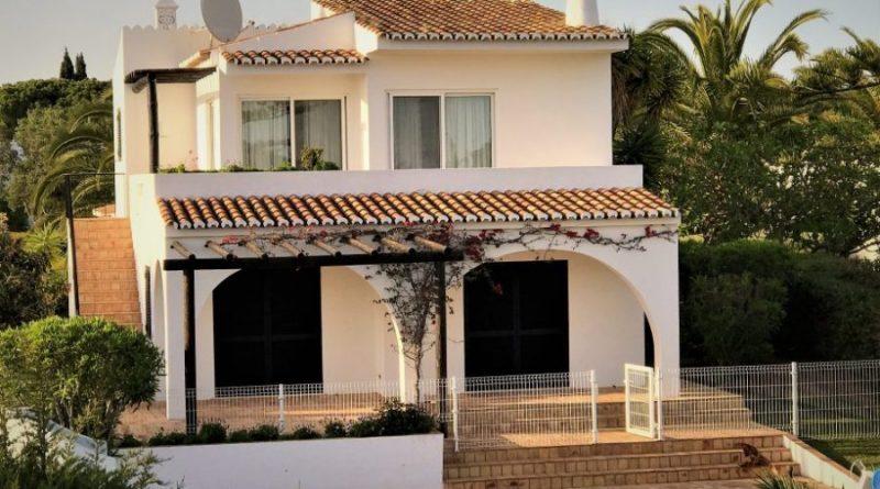 Außenansicht Haus Clube Atlantico