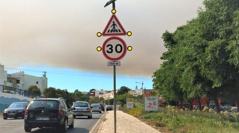 Waldbrände Alaska Karte.Waldbrand Warum Wüten So Oft Feuer In Portugal Algarve Für Entdecker