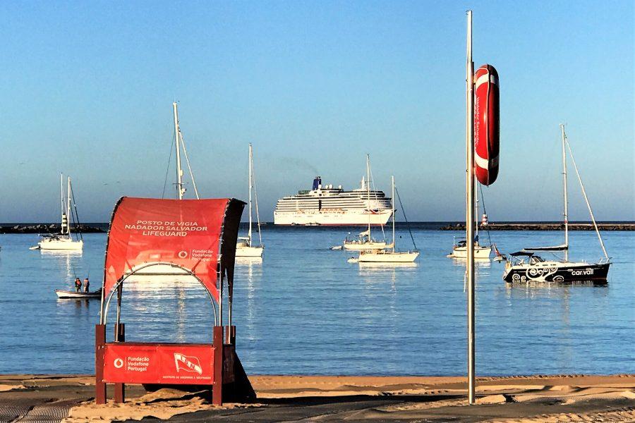 Sicherer Bade-Urlaub an der Algarve-Küste