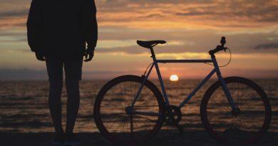 Winter an der Algarve ermöglicht entspanntes Radfahren