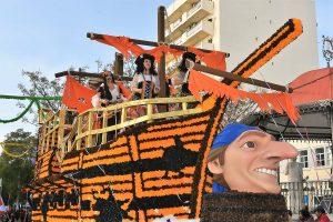 Centeno, Ronaldo, Merkel und andere auf Motto-Wagen des Karnevalsumzugs in Loule 2018