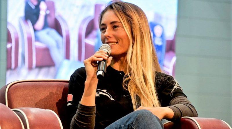 Bodyboard Weltmeisterin Joana Schenker 2018 auf der Boot Düsseldorf im Interview