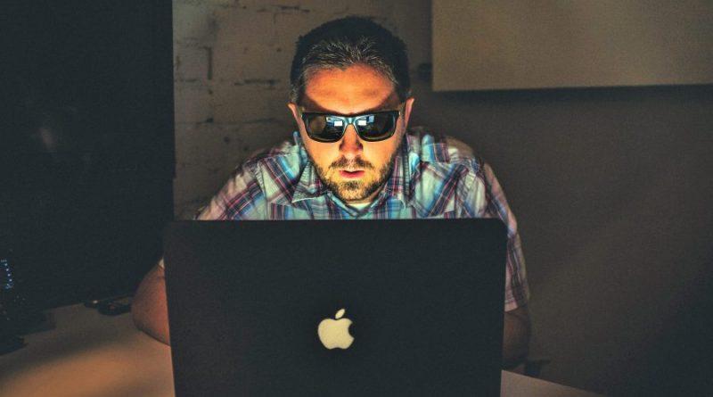 Betrug übers Internet ist Problem für Algarve-Hotels