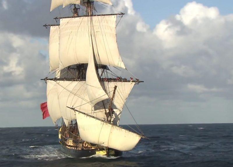 Hermione als historischer Dreimaster segelt 2018 an die Algarve