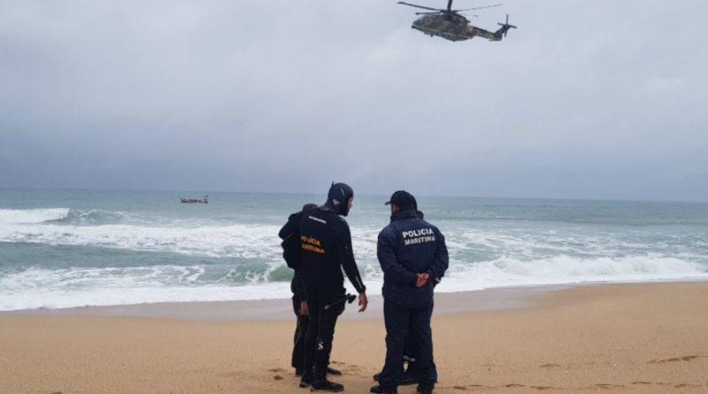 Algarve News Drei Gleitschirm-Flieger aus Österreich ertrinken in Portugal