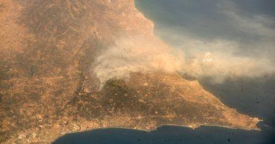 Algarve-Feuer von Monchique bis zur Weltraumstation ISS zu sehen