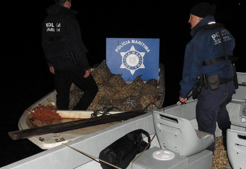 Algarve News zu illegalem Muschelfang an der Algarve in der Ria Formosa