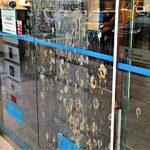 Algarve-Finanzamt mehrfach mit Fäkalien beschmiert