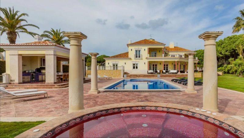 Luxus-Villa in Quinta do Lago am Golfplatz San Lorenzo steht zur Versteigerung im Internet an