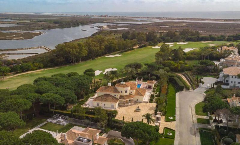 Luxus-Villa in Quinta do Lago liegt nahe am Naturschutzgebiet Ria Formosa bei Faro