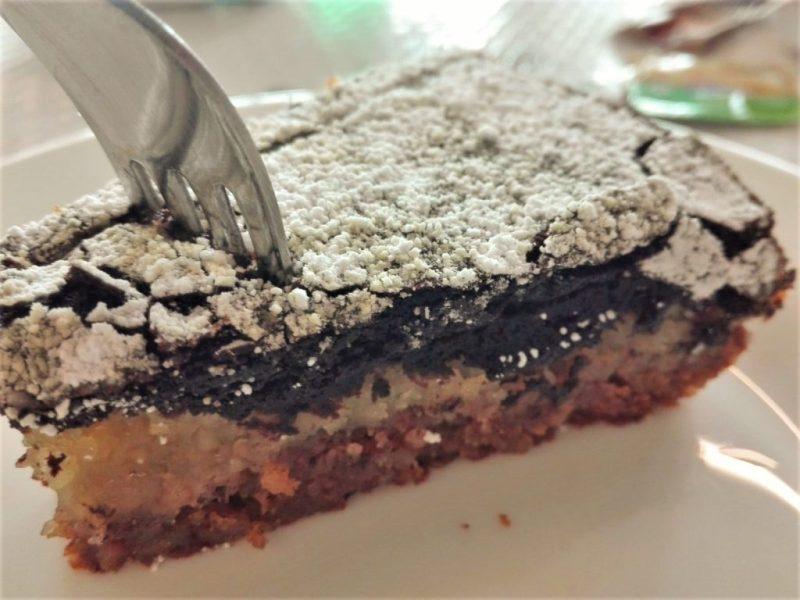 Guerreiro bietet als Dessert auch die Torte Mista Algarviana an