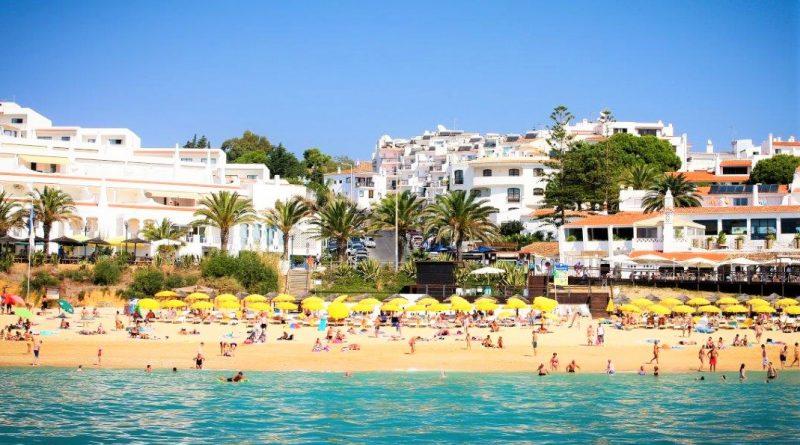 Ausgebucht sind die Hotels der Algarve zu Ostern 2019 unter anderem auch in Albufeira