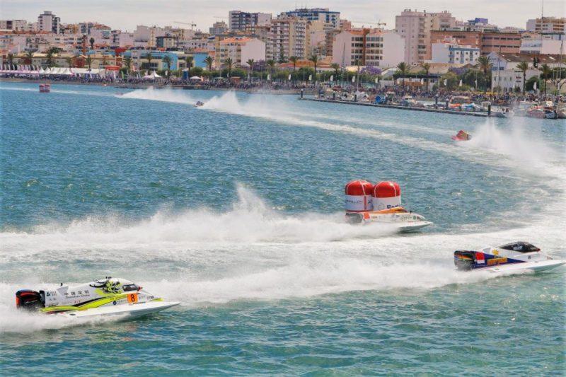 Weltkindertag ging Motorbootrennen des F1 Grand Prix in Portimao an der Algarve voraus