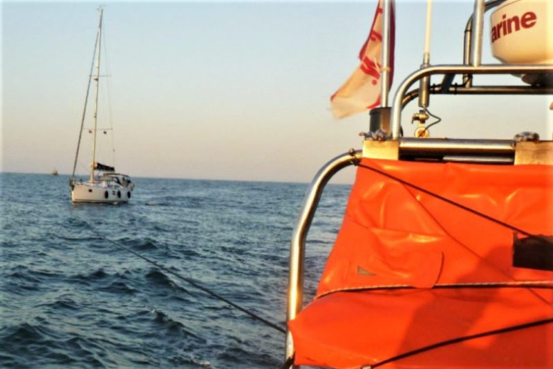 Algarve News über Segelyacht mit Motorschaden vor Kap St. Vincent an der Algarve