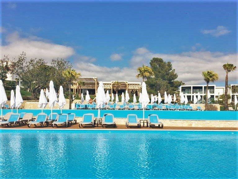 All-Inclusive-Resort mit fünf Sternen in Alvor liegt nicht direkt am Algarve-Strand