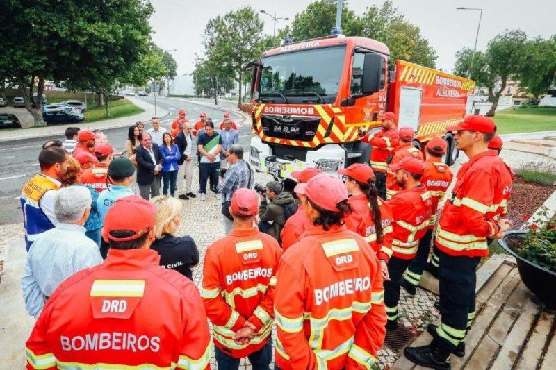 Waldbrandgefahr erfordert bessere Ausrüstung der Feuerwehr an der Algarve auch in Albufeira