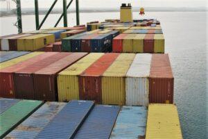 Ausbau von Hafen Sines in Portugal für Container-Fracht