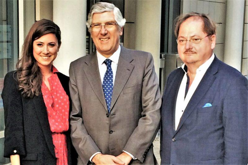 Fado auf Deutsch findet auch Lissabons Botschafter in Berlin gut