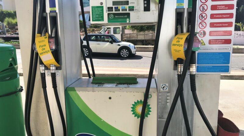 Beschlagnahmte Tankwagen sollen leergezapfte Tankstellen in Portugal beliefern helfen