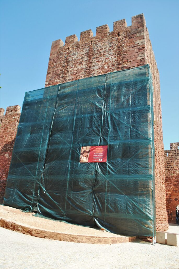 Algarve News zu Restaurierung der Burg Silves